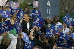 Obama greets Oakland