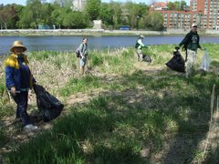 Volunteers at our Mother's Day Cleanup  in River Rain Park Vanier