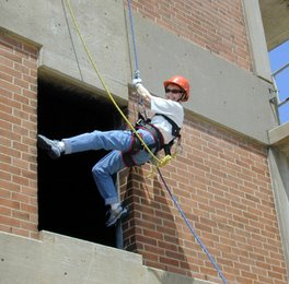 Yo in Hazardous Rescue Training