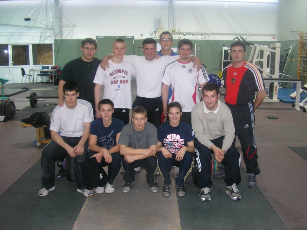 Gewichtheben - training at the German Olympic training center in Frankfurt am der Oder