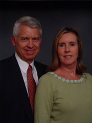 President and Sister Robison 2006-2009