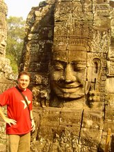 Antonio Broto en Angkor justo en Camboya