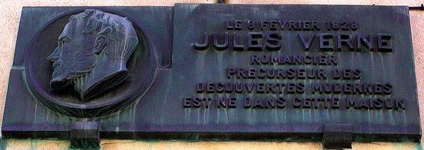 plaque sur la maison natale de jules verne