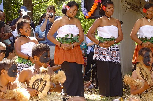 Fijituwawa Dance Group 2007