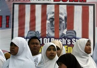indonesians protest ahead of bush visit
