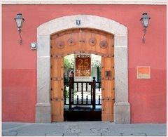 Centro de Investigaciones Regionales de Mesoamerica