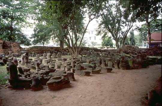 Makam kerabat di raja siam Islam di Ayuthia
