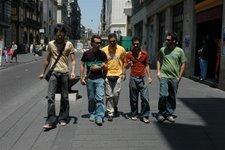 Paolo a  passeggio per Napoli con i Nucleo