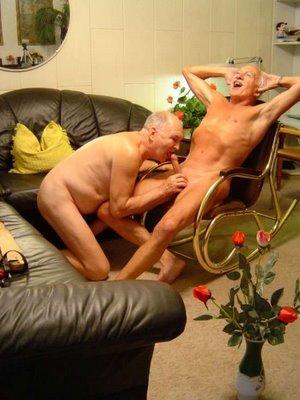eldre x sex med to menn