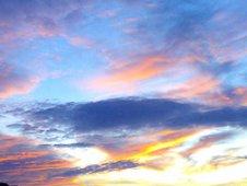 ¿Quien pinta asi el cielo?