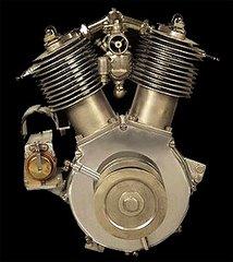 """PRIMER MOTOR """"H-D"""" EN 45º"""