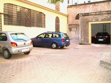 RomeBed Private Parking in Rome Italy