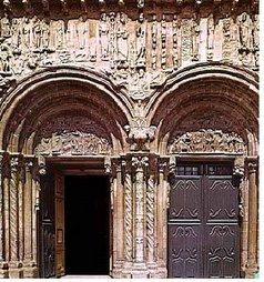 Catedral de Santiago de Compostela. Puerta de Platerías (España)
