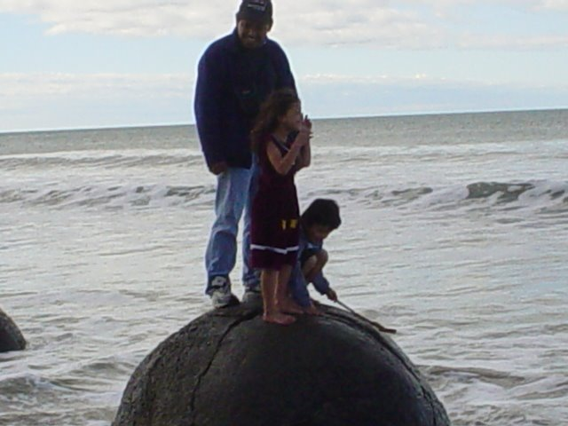 Moeraki Boulder
