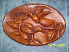 Colibri tallado en madera
