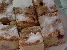 raspberry & almond cakes