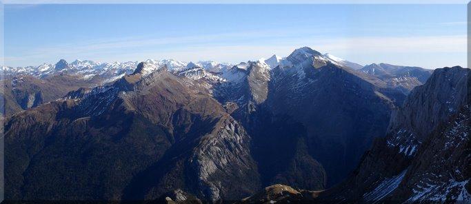 Panorámica de los Pirineos desde el Rincón de Alano