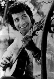 VICTOR JARA - cantor e compositor assassinado após o golpe militar no Chile em 1973