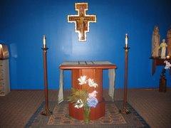 St Perpetua's Parish Chapel, Altar