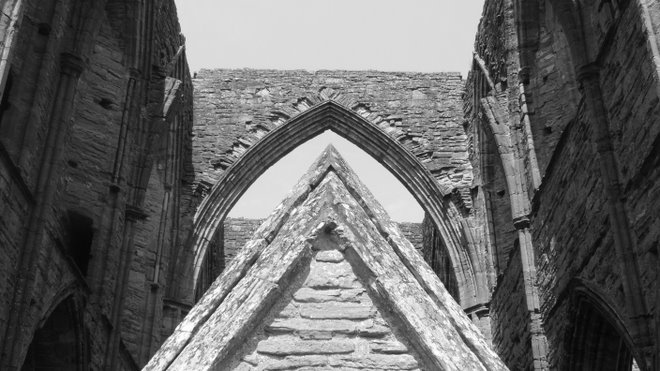 1 of 6 zillion photos of the tintern abbey