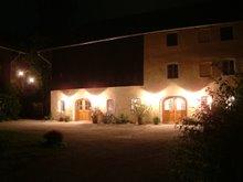 Der Kunsthof Pösling bei Nacht