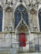 Porte Rouge Notre Dame