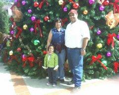 VALERIA, CARLOS Y CARMEN