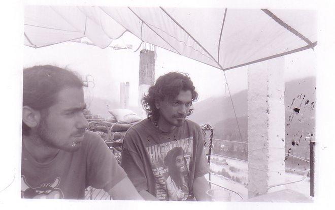 Keith, a droite, et un Israelien. himachal