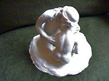 """Escultura del grupo, """"Eros y Tanathos""""."""