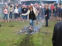 Here I go, The Home Business Diva, walking on burning hot coals in Australia. No more fear!