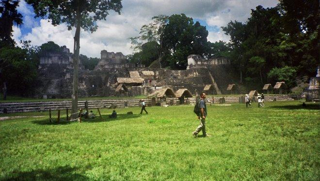 Plaza Central de las ruinas de Tikal