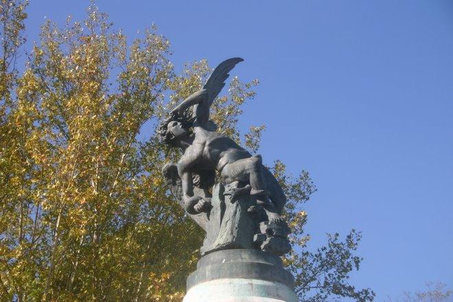 El ángel caído (única estatua del diablo...)