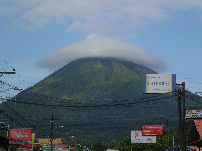 Volcán Arenal (activo)