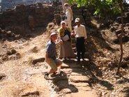 Angkor meredek lépcsőin 2004