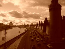 Muraille du Kremlin - vue sur la Moskva