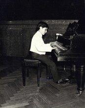 Mario Parmisano en su primer concierto  (1971)