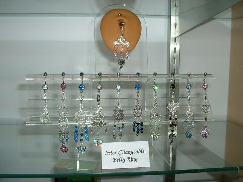 "Lynn""s belly rings"