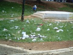 Lixo Universitário