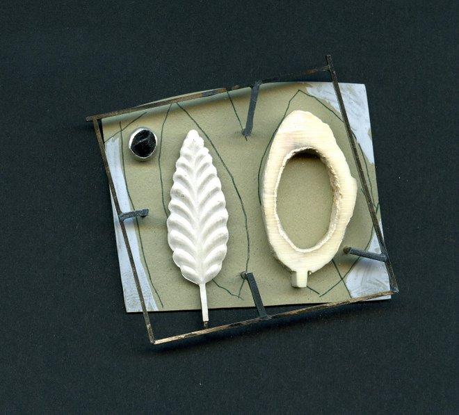 1095, silver, plastic,bone,garnet, nickelsilver