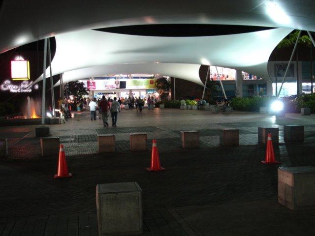 Pasillo San Pedro Plaza - Exito. Neiva - Huila