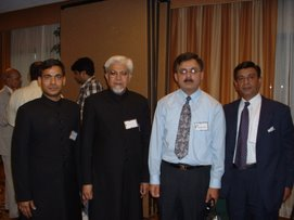 Dr. Ghazi with few participants of FAAA Convention 2004