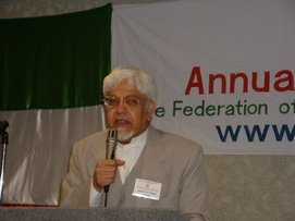 Dr. Ghazi at FAAA Convention, 2005 at Chicago