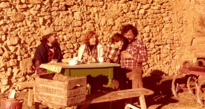J.R. con su hijo Sergio, su mujer Nieves e Ignacio en Cañavisque