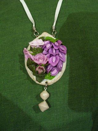 """Collana """"Rose e ramo di glicine"""""""