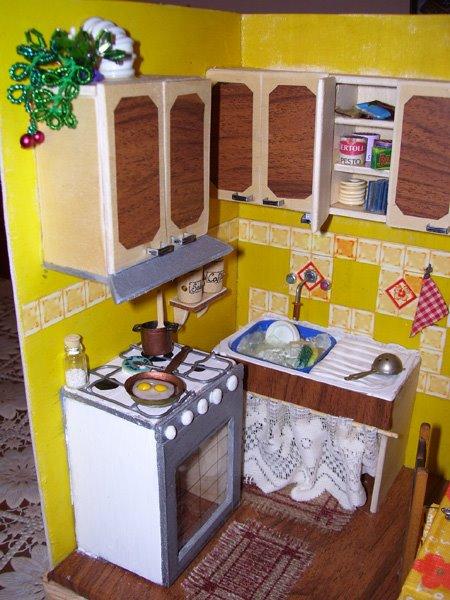 Particolare della cucina in miniatura