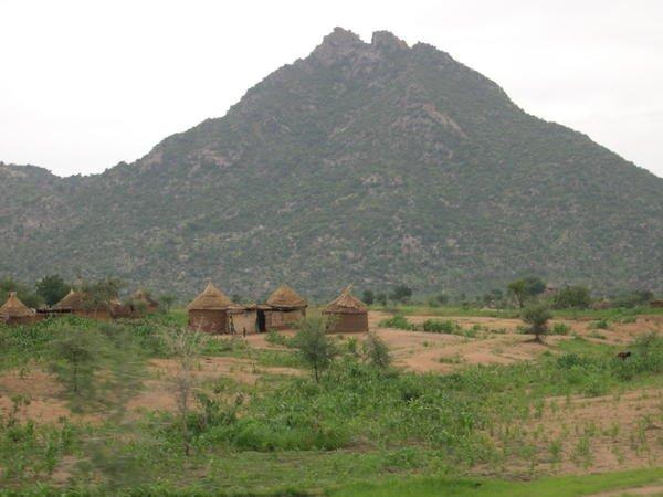 Les vivres proviennent surtout  à  l'Ouest  Au Sud Ouest  près Du Mont Cameroun