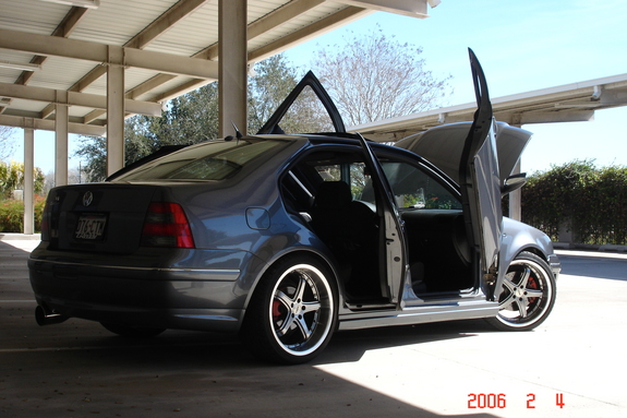 volkswagen jetta custom with 2006 11 01 Archive on 14507889518 moreover Watch besides 2003 Volkswagen Golf R32 photo furthermore Wallpaper 14 likewise Wallpaper a2.