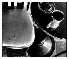 La mesa del rincón del café