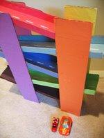 Kartondan oyuncak – Çok katlı yarış pisti