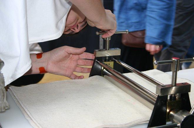 Ajustando la presión del tórculo